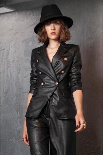 giacca-doppio-petto-in-ecopelle